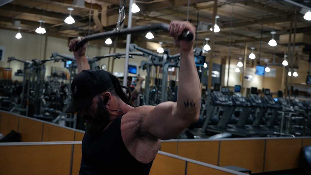 Behind the neck pull downs