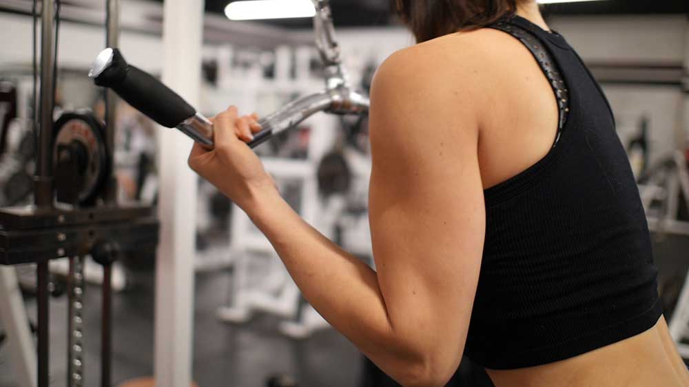 Reverse triceps pushdowns with Priscilla Tuft