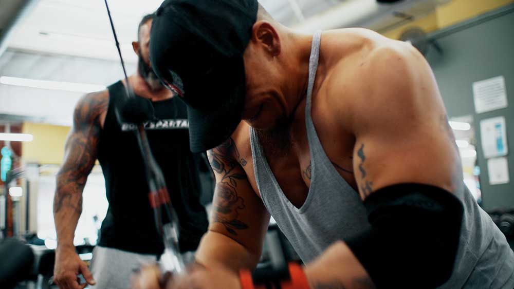 triceps pushowns poisiton 2