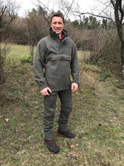 "Image: Matthias Greiner wearing his <a href=""https://micklagaard.com/collections/jackets/products/anorak-abisko-2"" title=""Anorak Abisko 2 vadmal, loden"">Anorak Abisko 2</a> and <a href=""https://micklagaard.com/collections/trousers-shorts/products/pants-hamra-professional"" title=""Hamra Professional vadmal pants"">Hamra Professional pants</a>."
