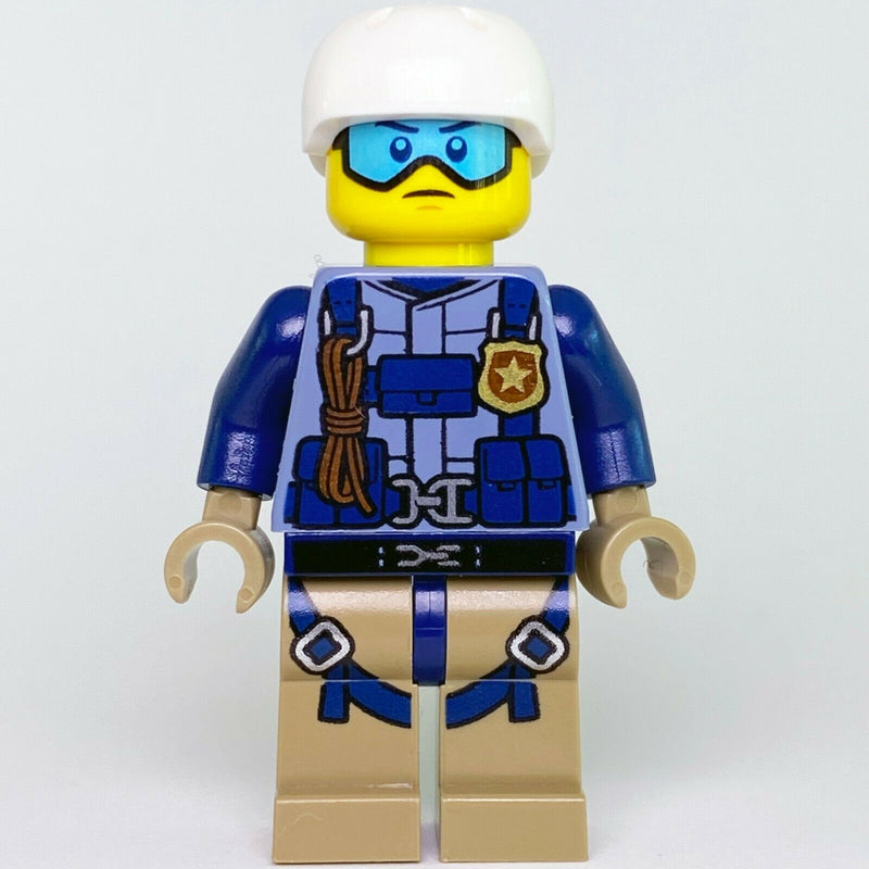 New Town City LEGO Mountain Police Officer Male with Blue Cap Minifgure 60174 - Bricks & Figures