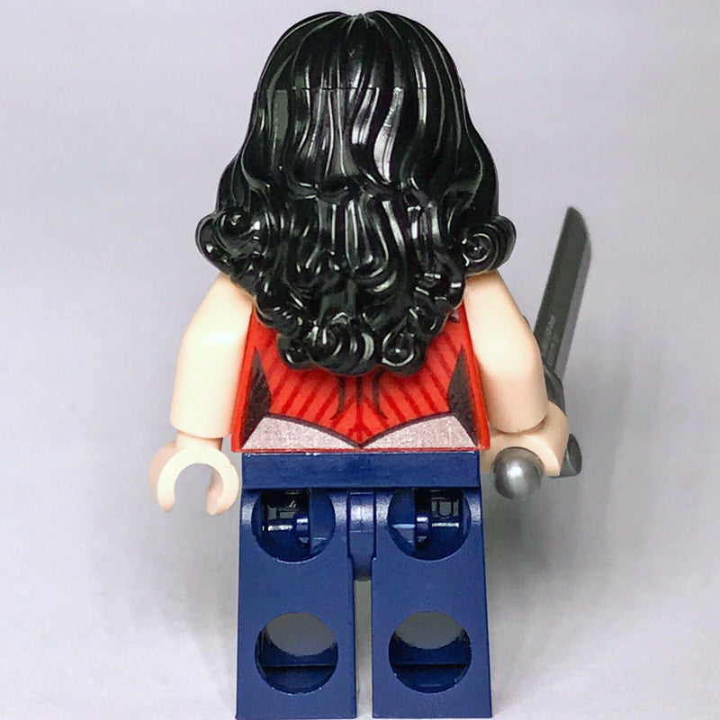 DC Super Heroes LEGO Wonder Woman Justice League Minifigure from set 76026 - Bricks & Figures