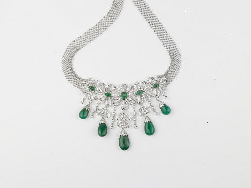Oval Emerald Diamond Necklace