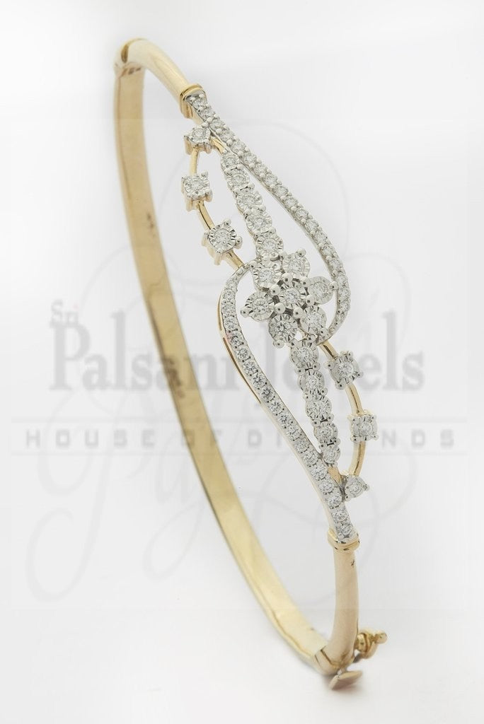 Daffodil Center Diamond Bracelet