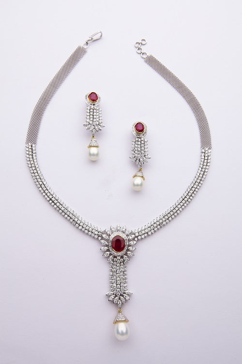 Serie Pearl Dangle Necklace Set
