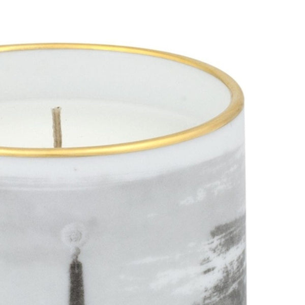Forum Scented Candle
