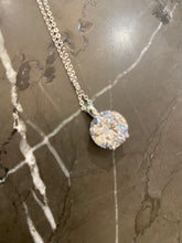 Load image into Gallery viewer, Solitaire Crystal Necklace