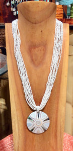 Inlaid White Circle Shell Necklace