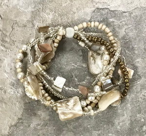 Sea Shell and Pearl Bracelet - 4 Colors