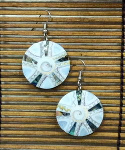 Inlaid White Circle Earrings