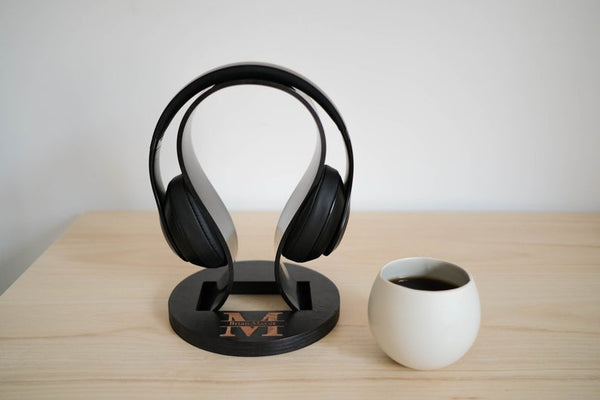 headphone stand for Valentines day