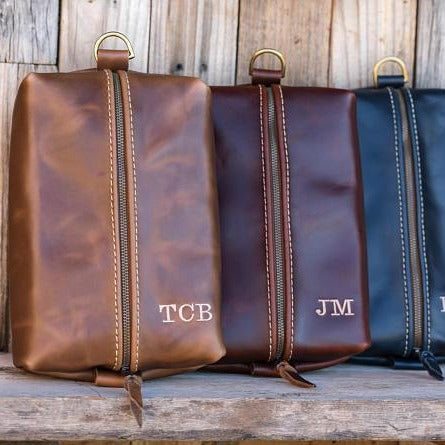 Flat Leather Toiletry Kits