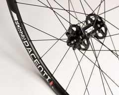 Pacenti Forza disc brake wheelset 700c