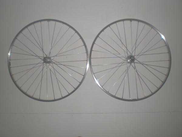 Handbuilt H Plus Son TB14 wheelset with Novatec Campagnolo or Shimano hubs