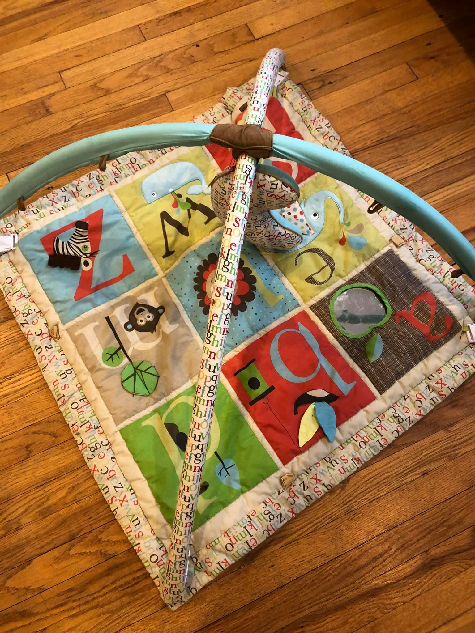 Resale Skip Hop Alphabet Zoo Play Mat