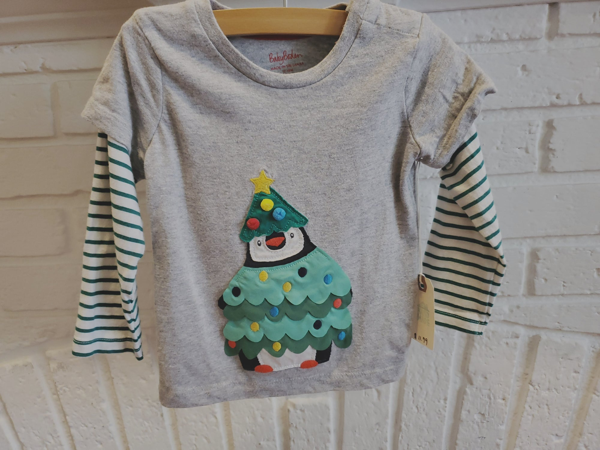 Resale 12-18m Boden Penguin Christmas Tree Shirt
