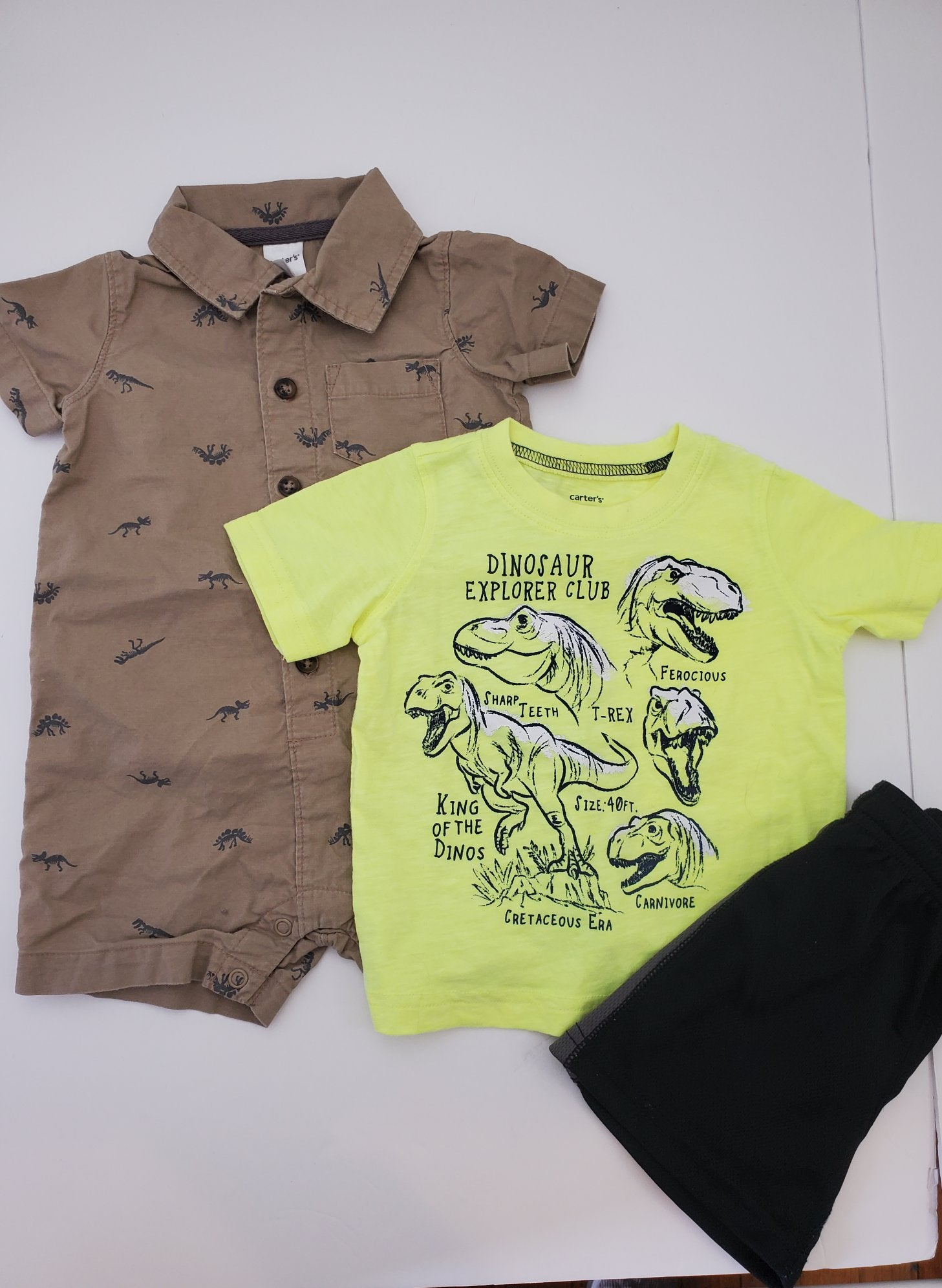 Resale 12 m Carter's Dino Shirt, Shorts & Romper - 3pc Set