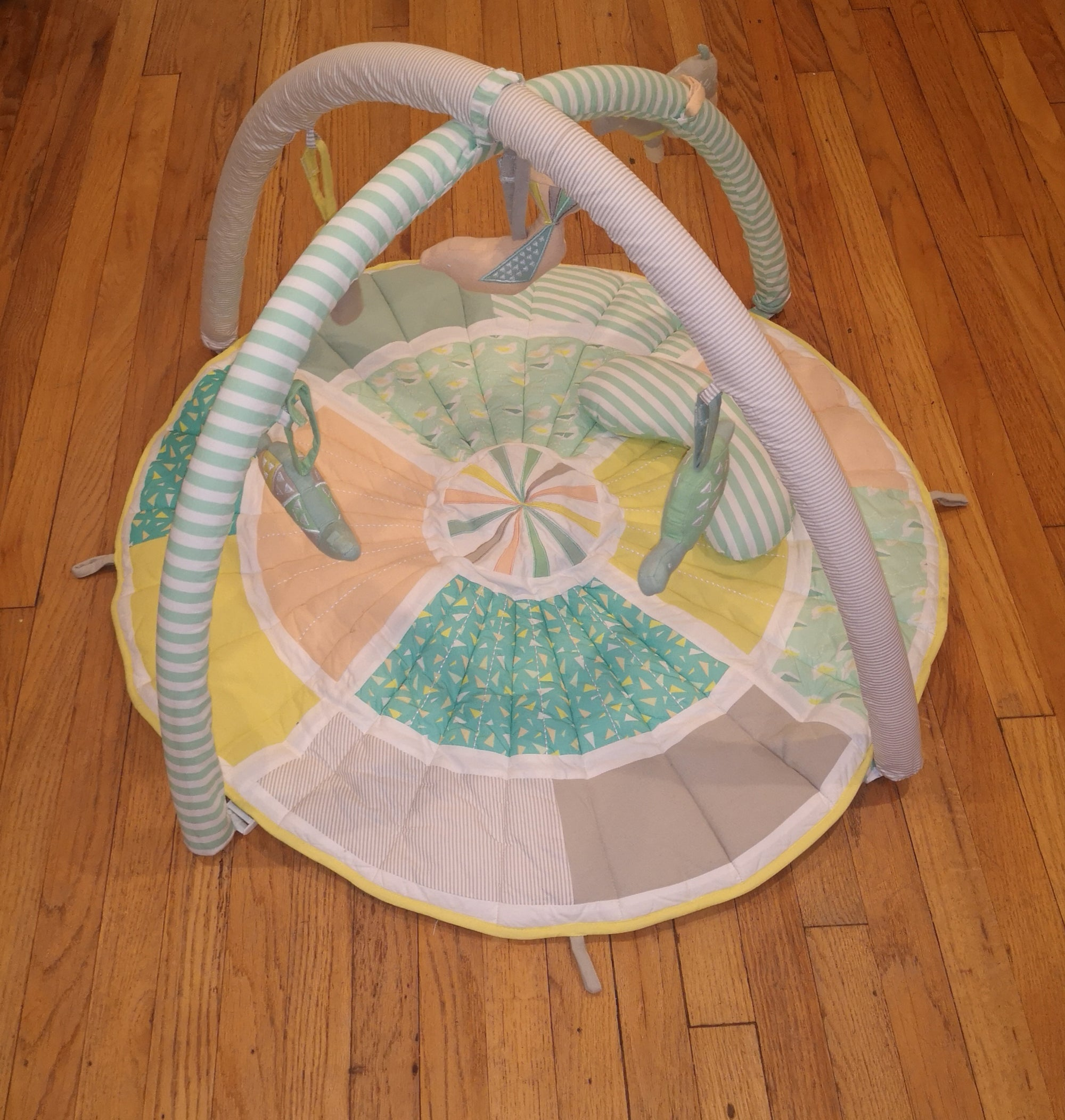 Resale Crate & Kids Play Mat