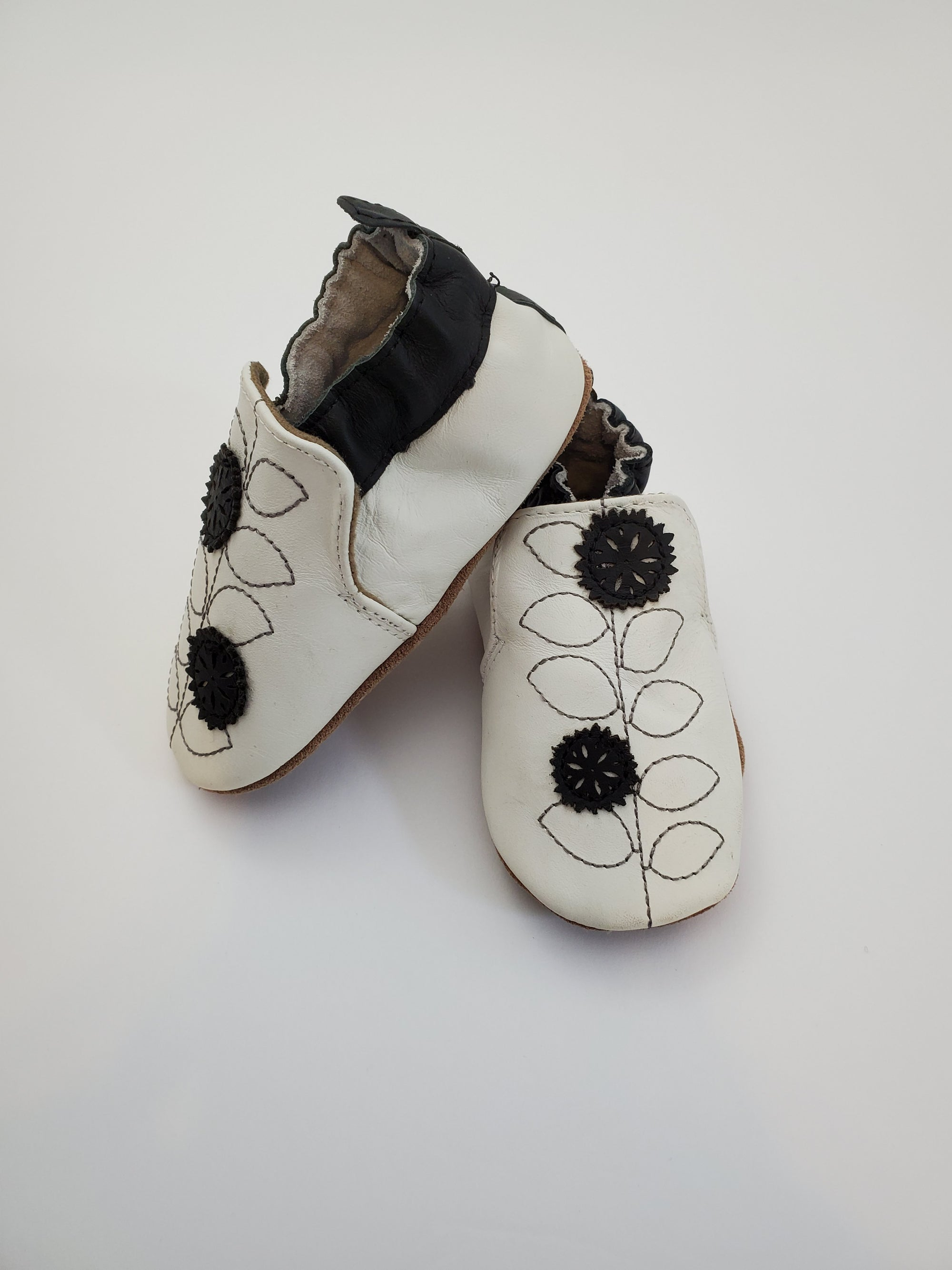 Robeez Soft Soles Pretty Petal Shoes