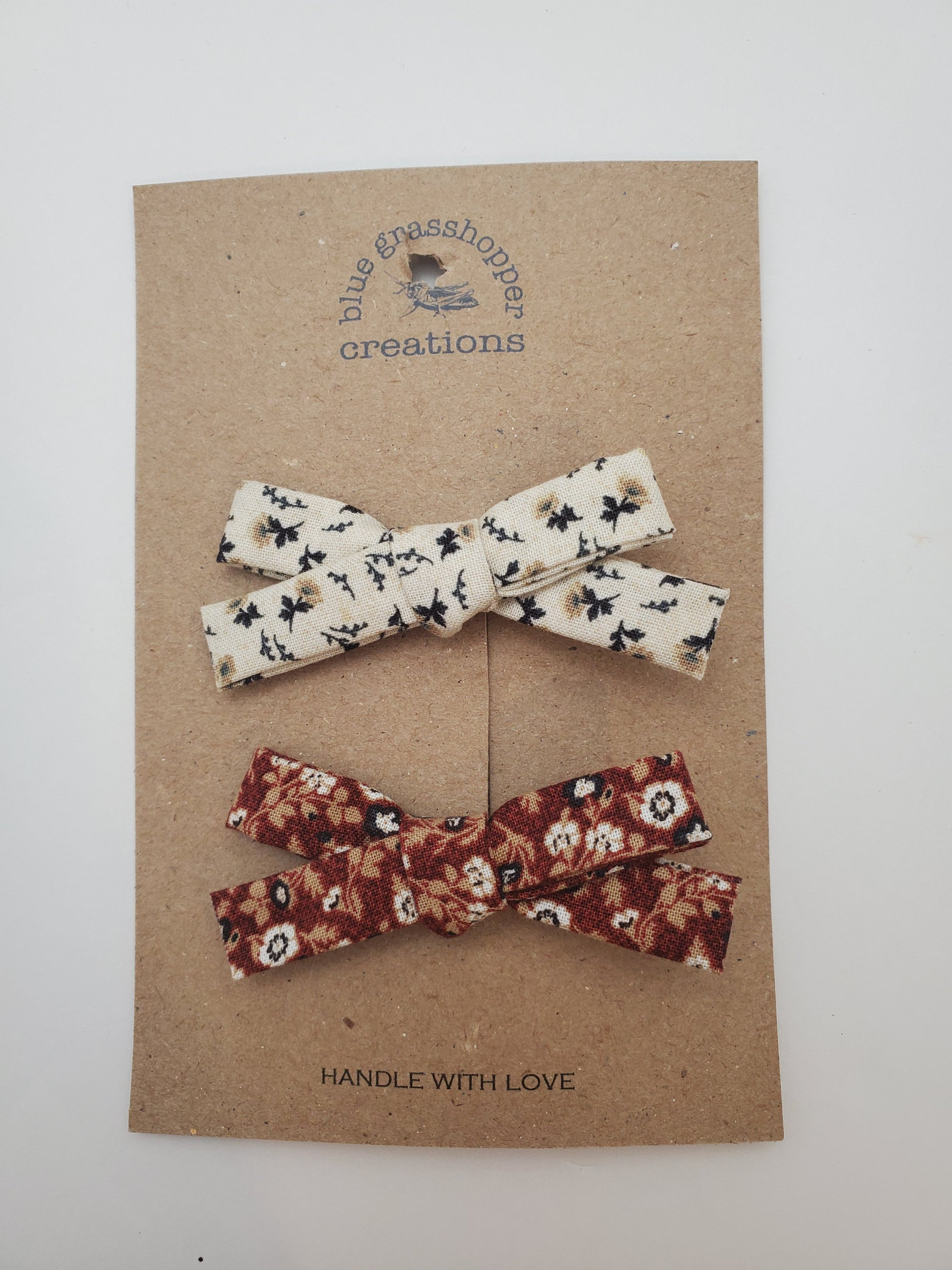 Blue Grasshopper Creations Bow - Fall And Winter Floral 2pc Set
