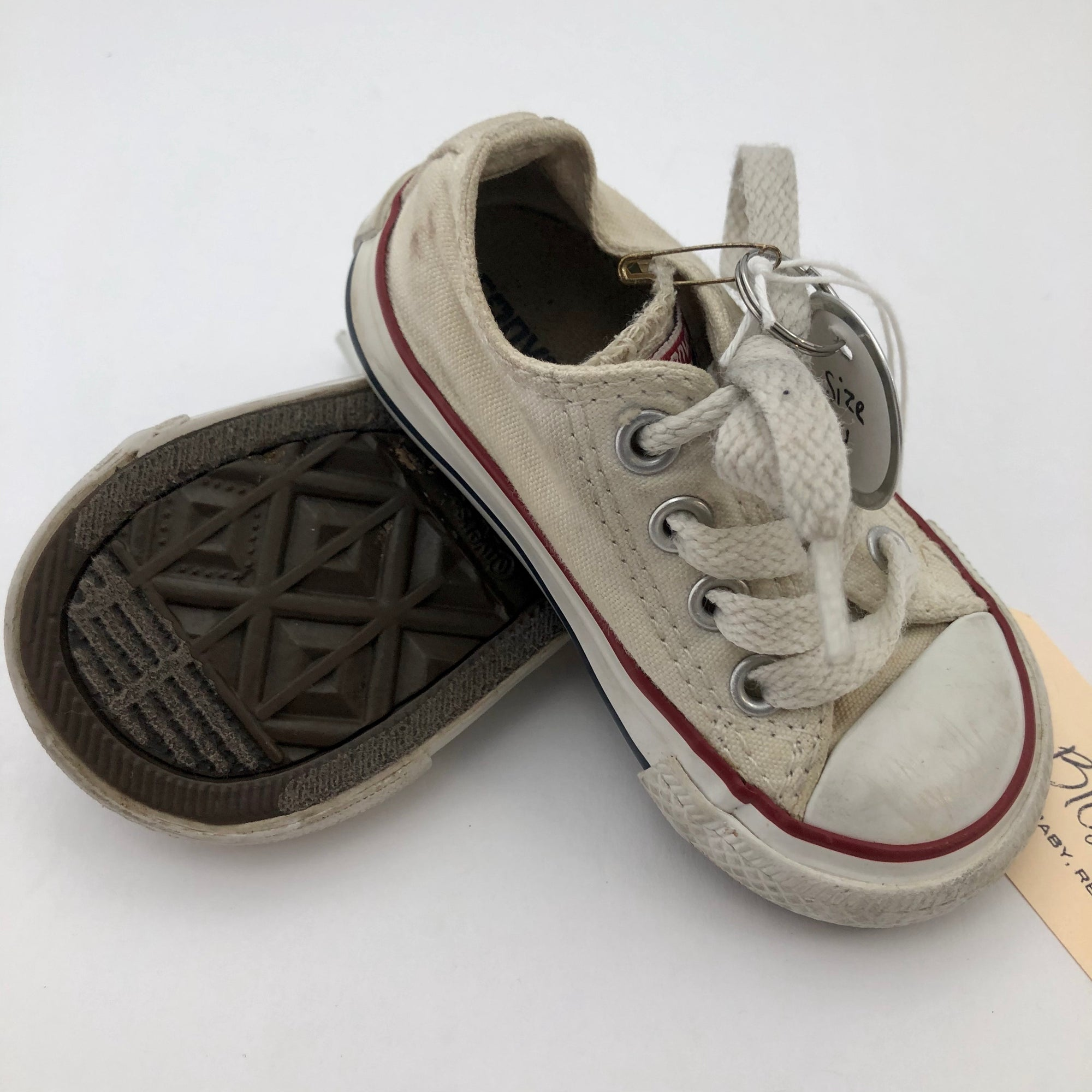 C4 Converse Chuck Taylor All Stars White Cream Shoes