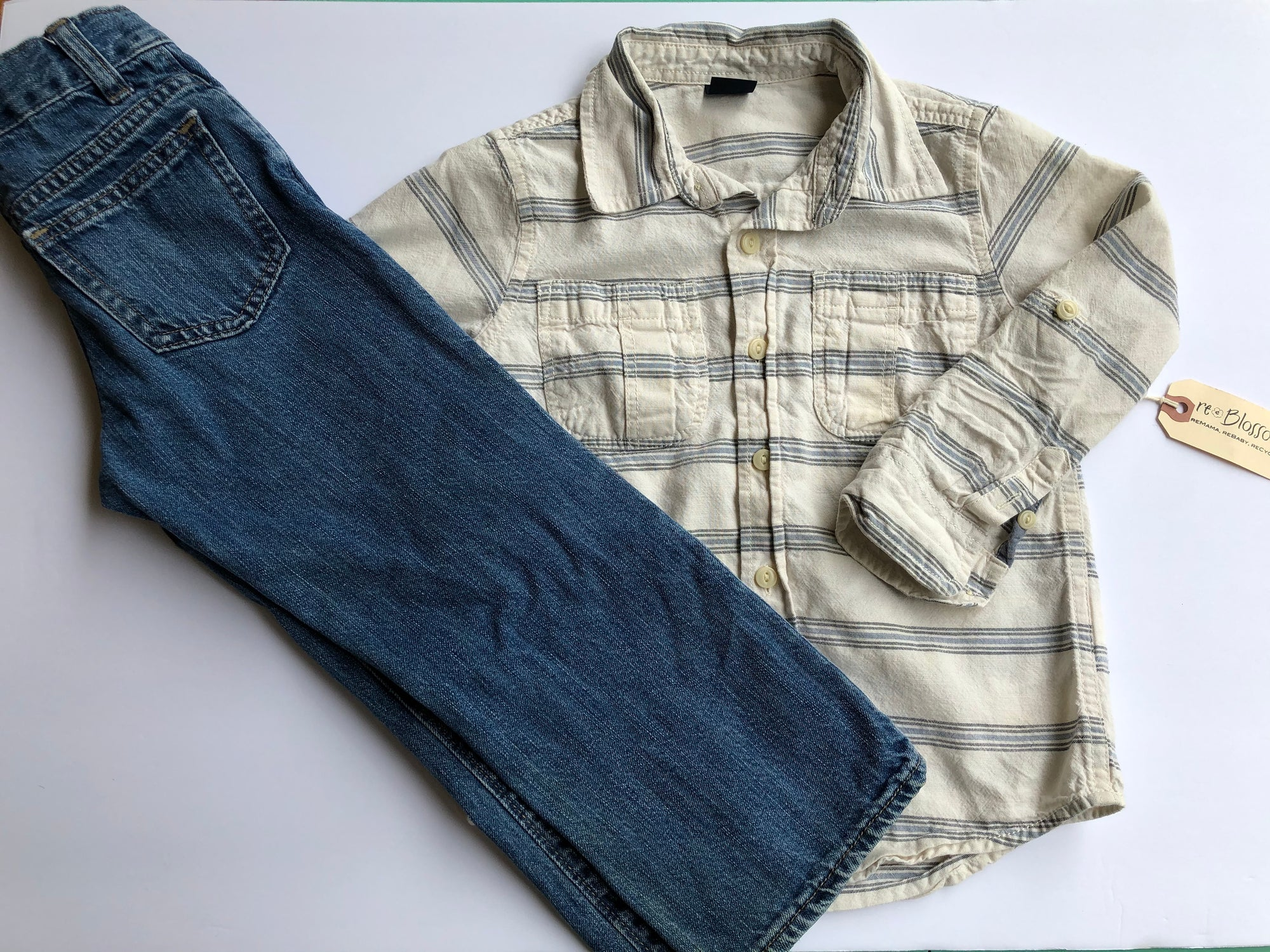 Resale 4T Gap Long-sleeve Shirt & 4T Old Navy Jeans