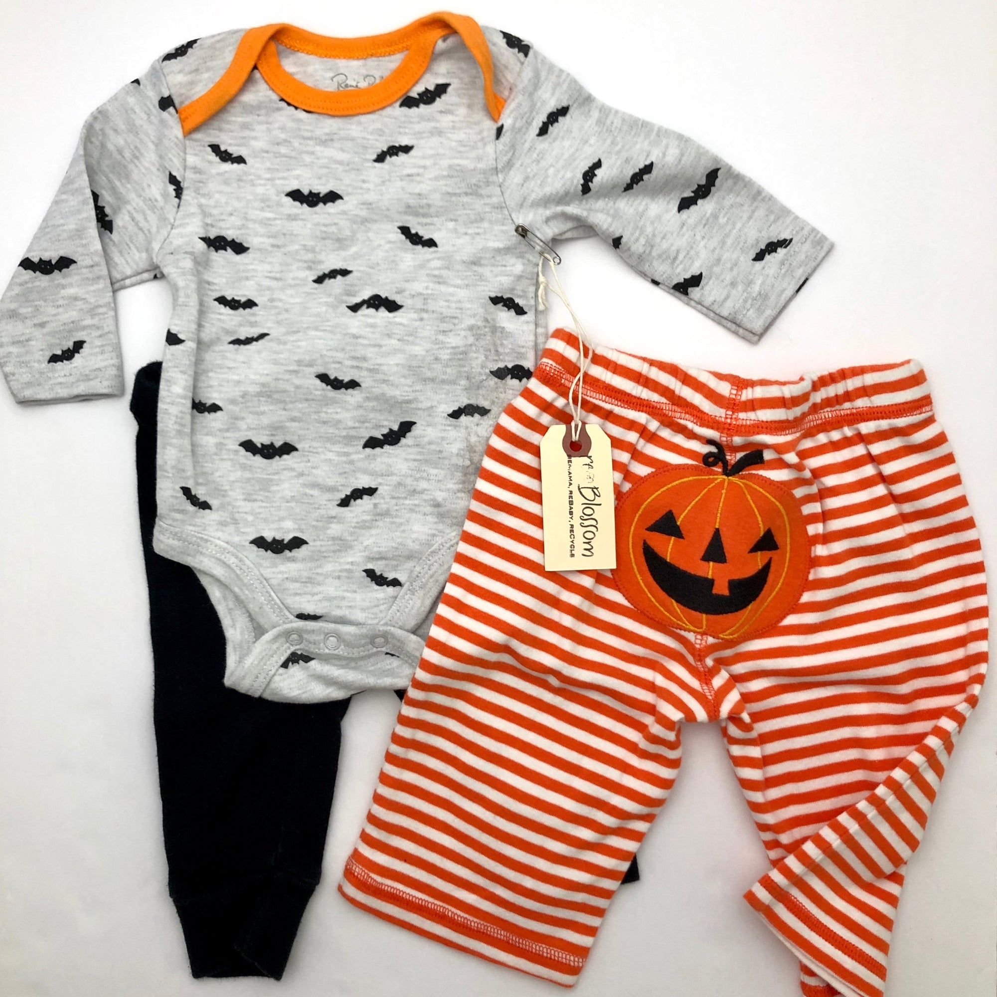 Resale 0-3 m Rene Rofe Bat Bodysuit, Black Pants & 3-6 m Jack-O-Lantern Pumpkin Pants