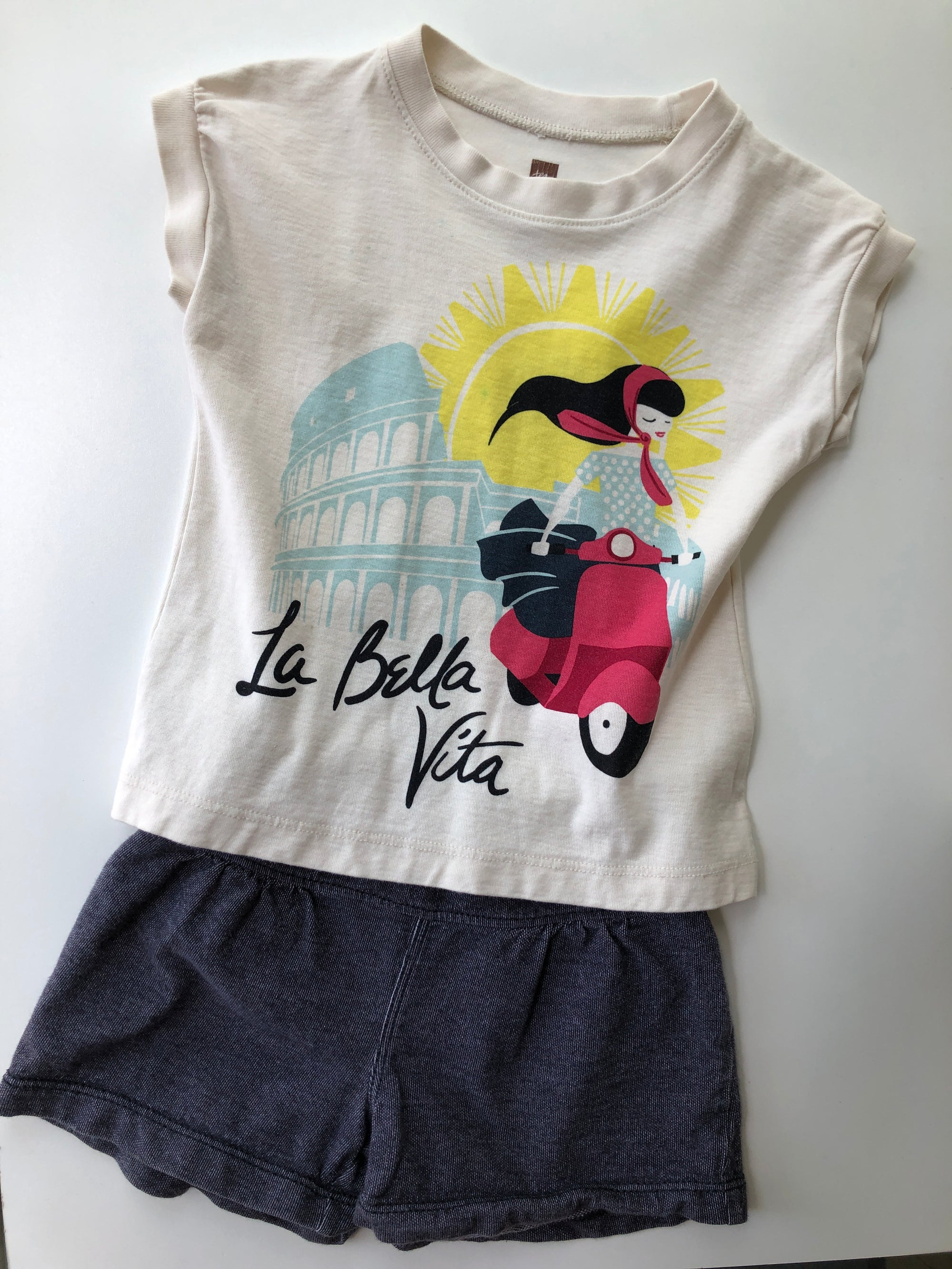 Resale Size 3 Tea Collection Scooter Girl Shirt & Chambray Shorts Set