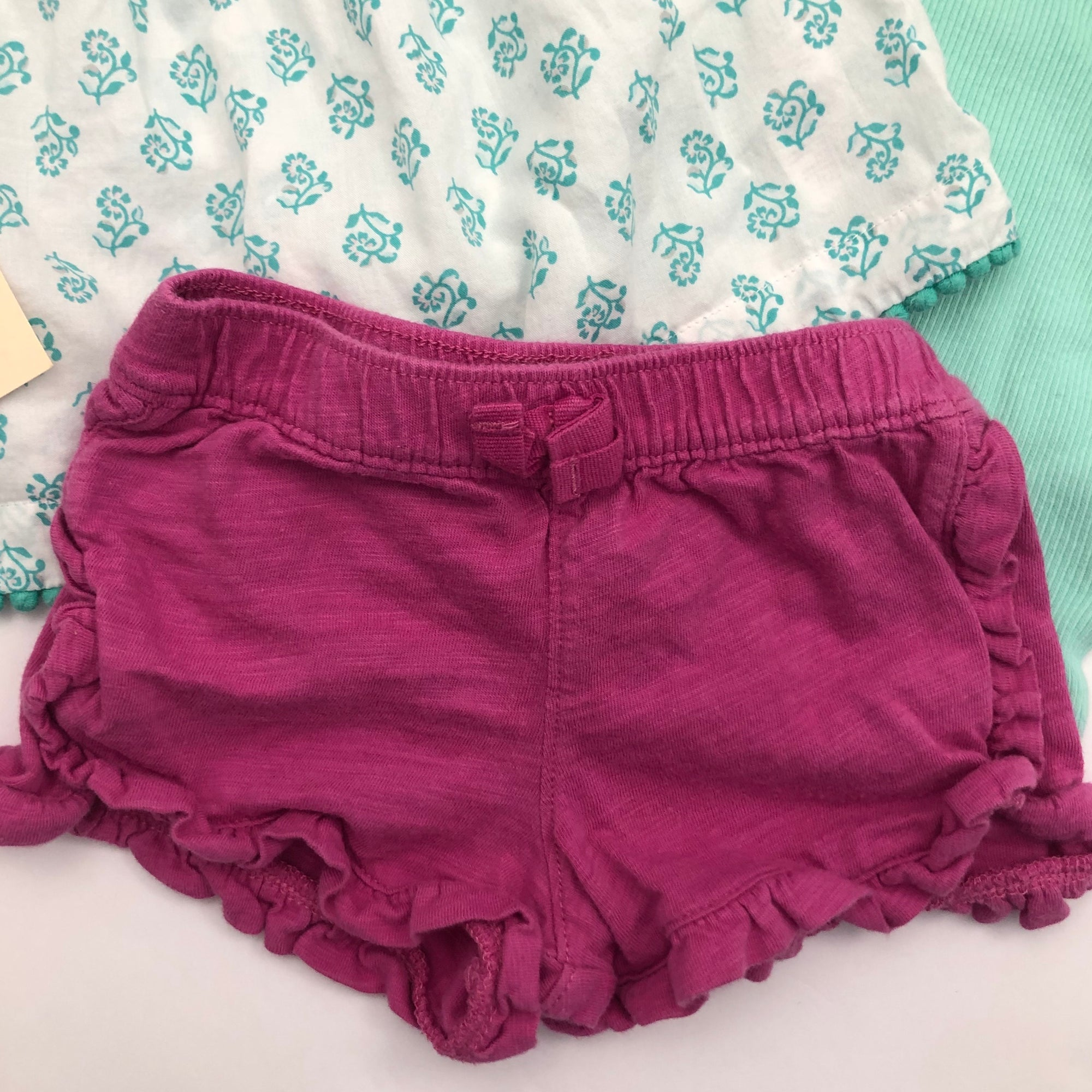 Resale 6 m Carter's Mint Tops & Fuchsia Shorts Set