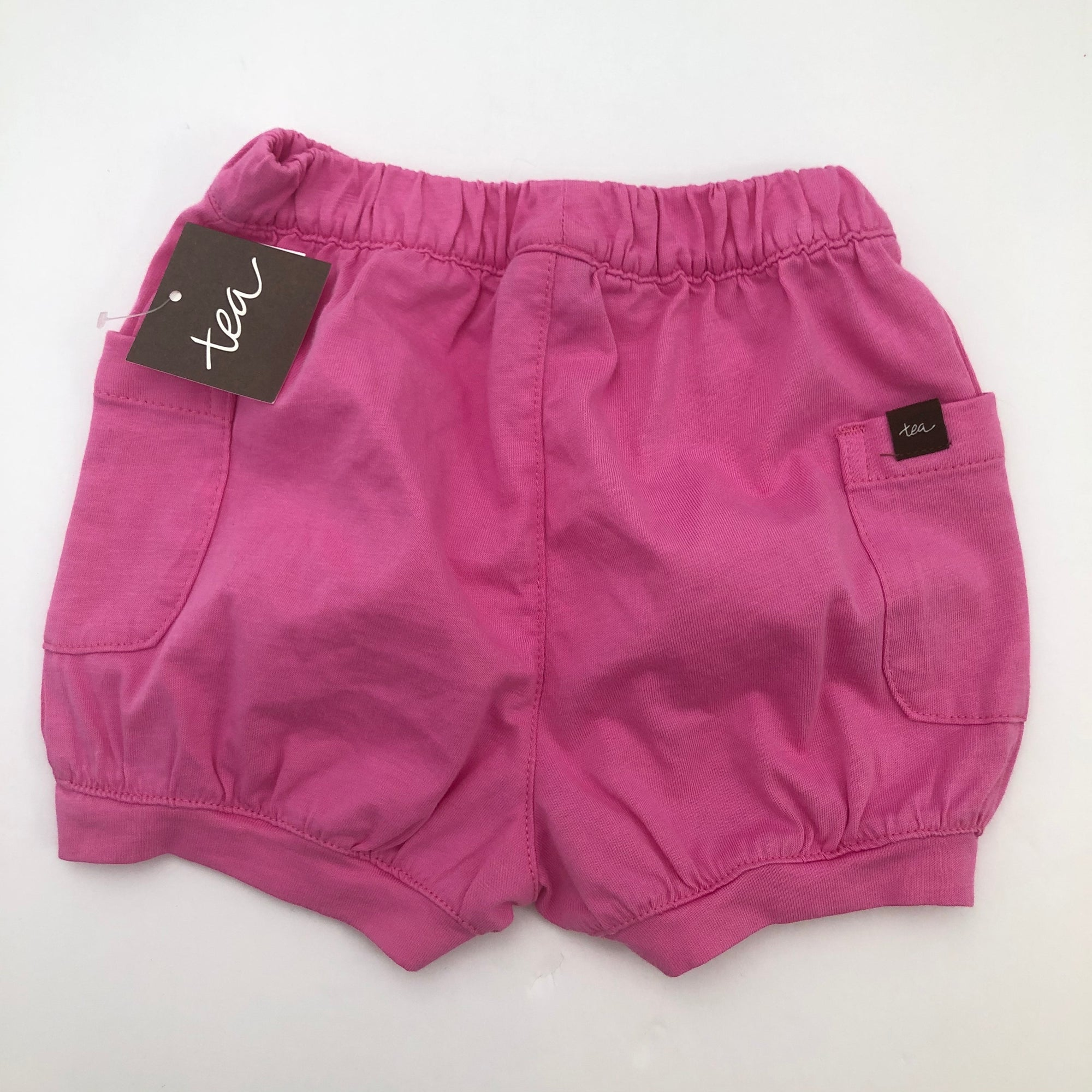 Tea Collection Solid Easy Pocket Shorts in Sweet Pea