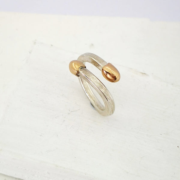 This double-ended Live Match Stick Ring is hand crafted in NZ by David McLeod.