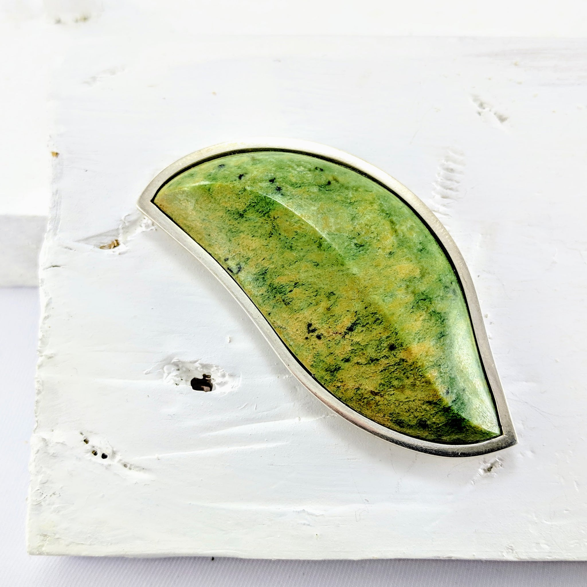 Pounamu & Silver Leaf-form Brooch
