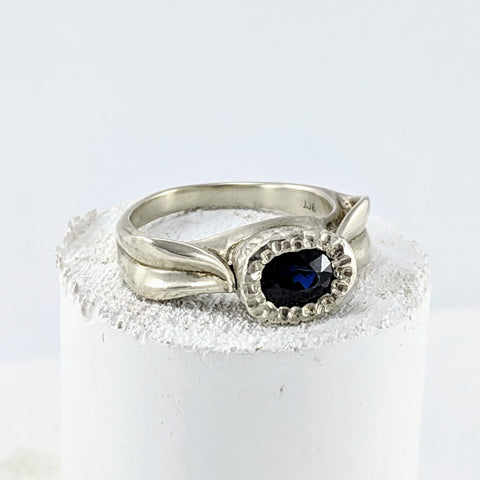 Leaf Ring - White Gold & Sapphire