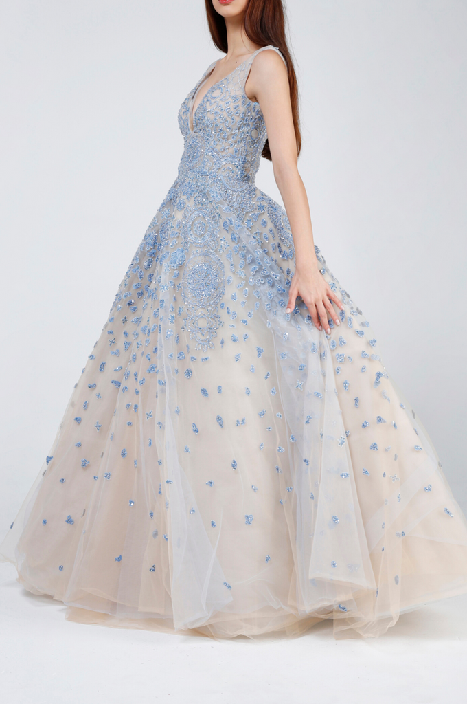 Sleeveless Lace Tulle Ball Gown