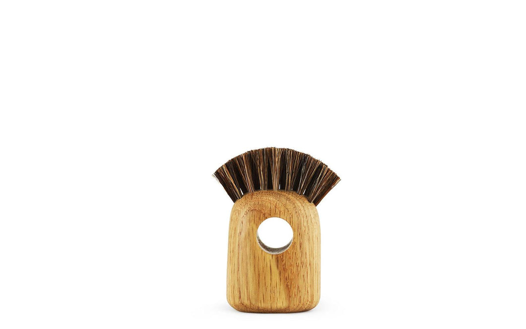 NORMANN COPENHAGEN | Nift Oak Brush (Multiple Sizes Available)