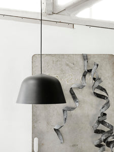 MUUTO | Ambit Pendant Lamp 40cm - Black/White (EU Light)