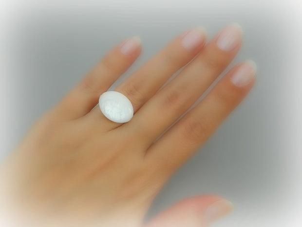 White Shell Mother of Pearl Handmade Ring