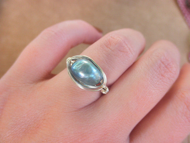 Freshwater Teal Pearl Ring. Handmade Ring. Green Blue Silver Ring. Jewelry Rings. Anillo de Perlas