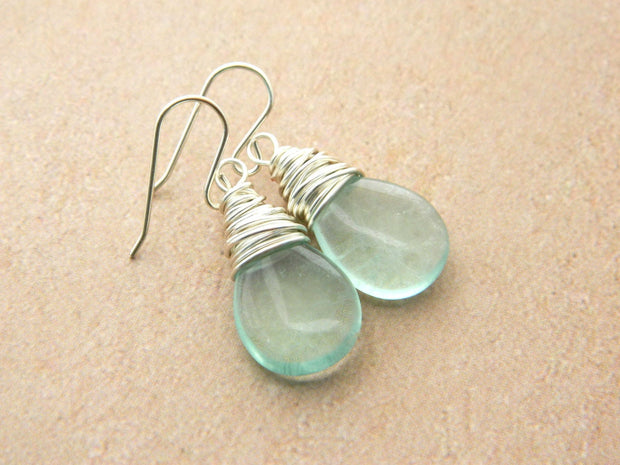 Green Natural fluorite Drop Earrings. Jewelry Earrings. Earrings, Dangle Earrings. Aretes de Plata