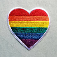 "Parche ""Love is love"""