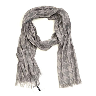 Primary Photo - BRAND: AGNES & DORA STYLE: SCARF COLOR: GREY OTHER INFO: NWT/FINALSALE SKU: 175-175111-14267