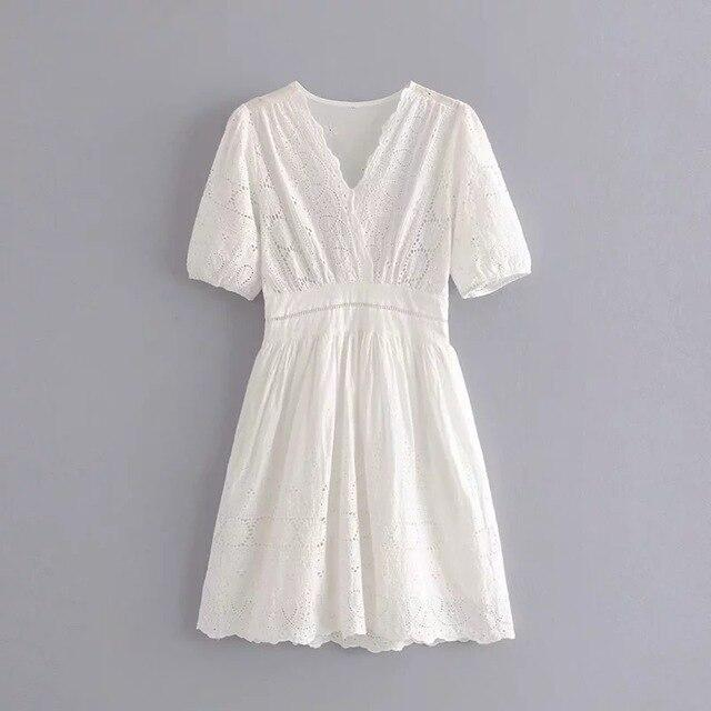 Summer dress women elegant chic embroidery white dress boho vintage hollow out sexy mini dress female korean dress vestidos
