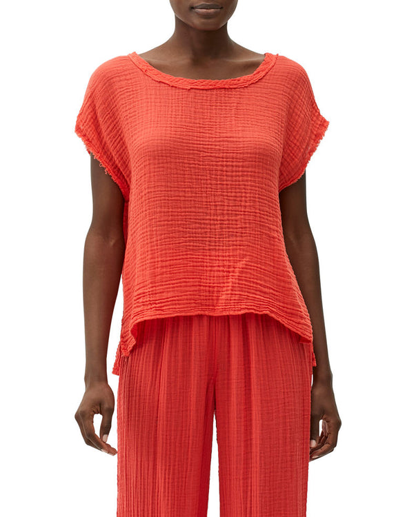 AMY GAUZE SCOOP NECK  TOP