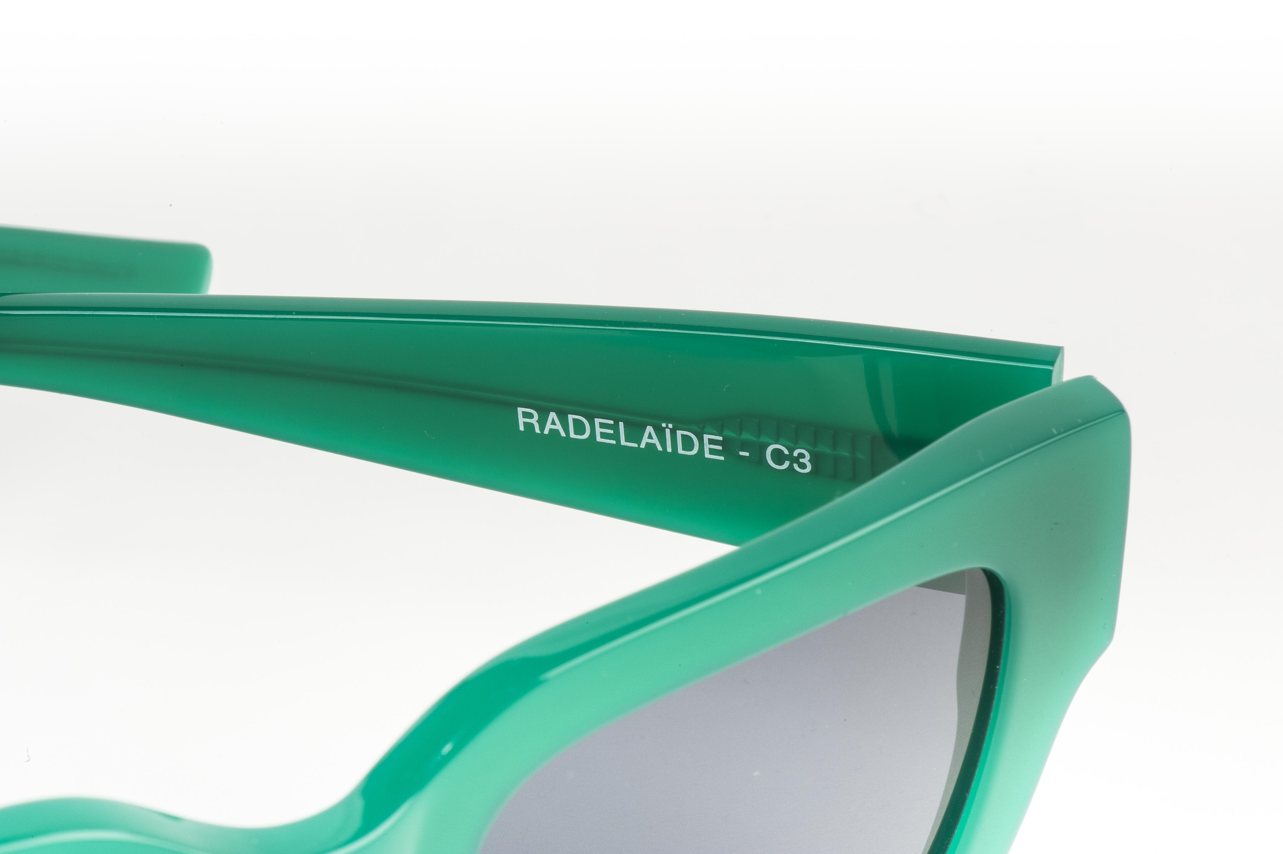 BASE Radelaide C3 グリーン