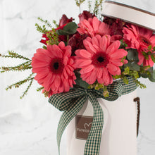 Load image into Gallery viewer, Valentine Pink Flower Box | Little Florist Dream