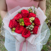 Load image into Gallery viewer, 9 Red Roses Valentine's Day | Little Florist Dream