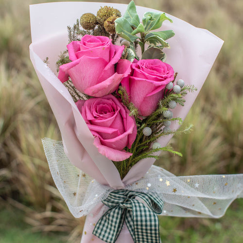 3 Pink Roses Valentine's Day | Little Florist Dream