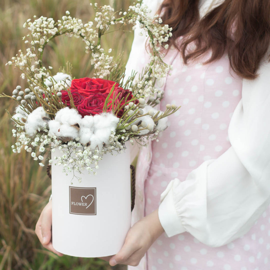 6 Roses Flower Box | Free Delivery Singapore