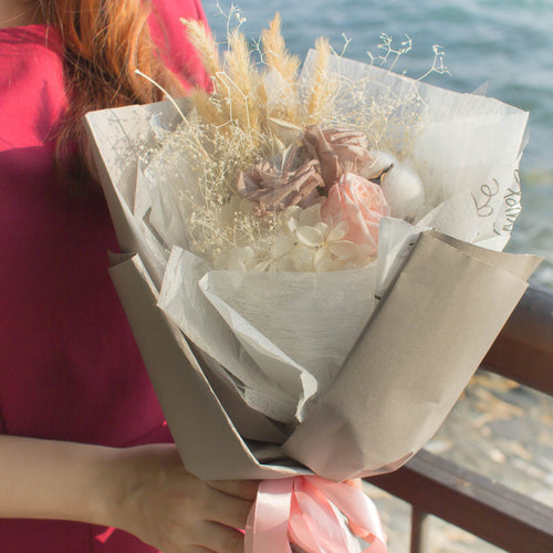 Little Florist Dream | Dry Flowers | Delivery