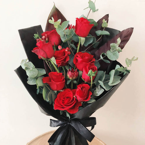 9 roses flower bouquet valentine's day | Singapore Free Delivery